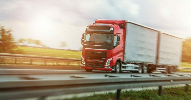 Euro Truck Simulator 2 – dlaczego ludzie tak bardzo lubią tę grę